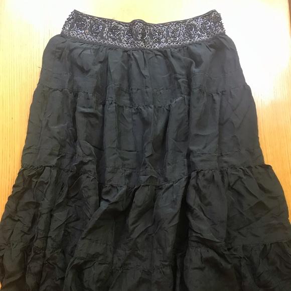 BCBGMaxAzria Dresses & Skirts - 100% Silk crinkle skirt with beaded waist